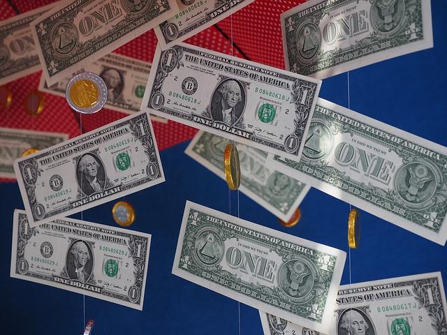 déšť, dolary